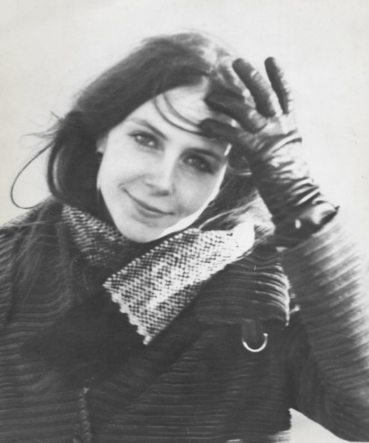 Joan Taber, slightly older young woman_cr